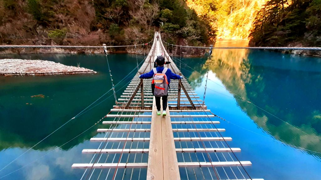 【静岡寸又峡の夢の吊り橋】世界で渡りたいランキング10選の橋!