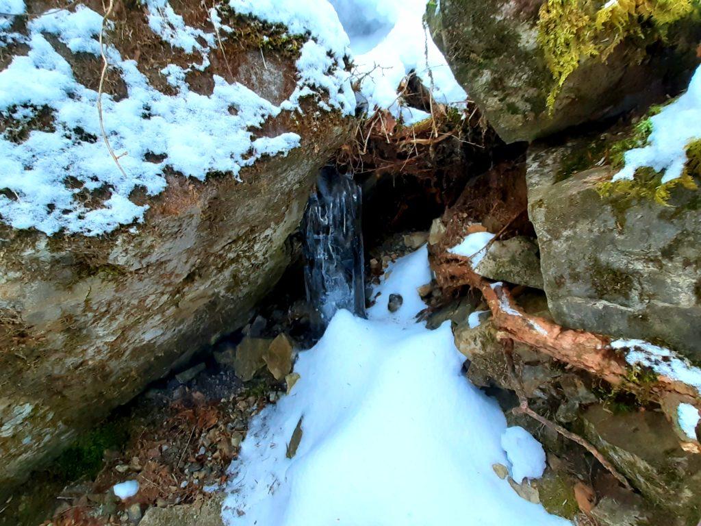 【大菩薩嶺】初心者向け日帰り登山コース 氷の柱