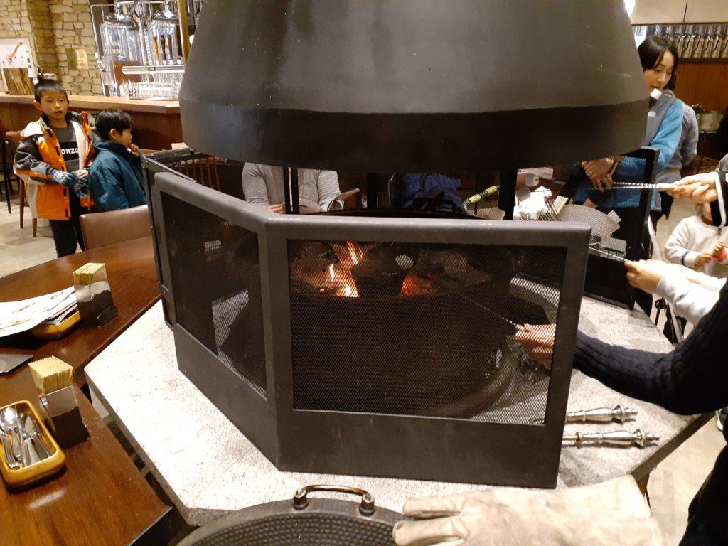 レストランROCKの暖炉