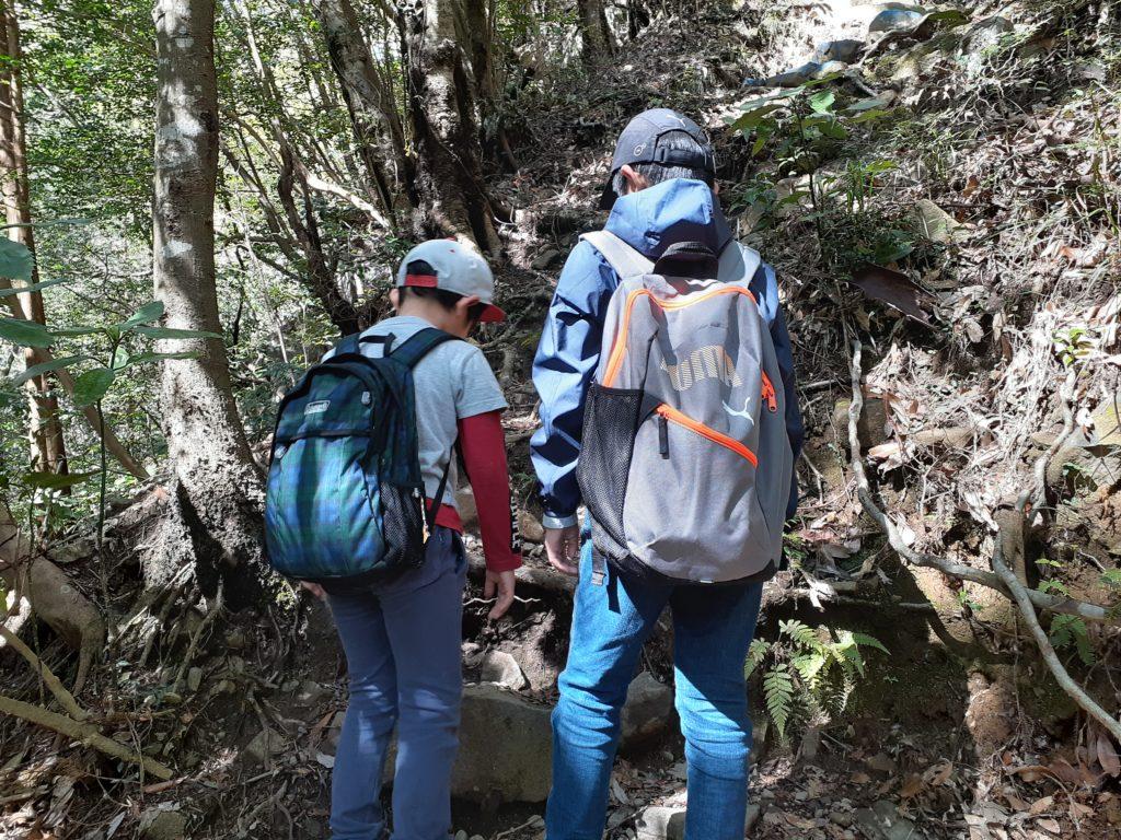 静岡市の竜爪山の登山、子ども