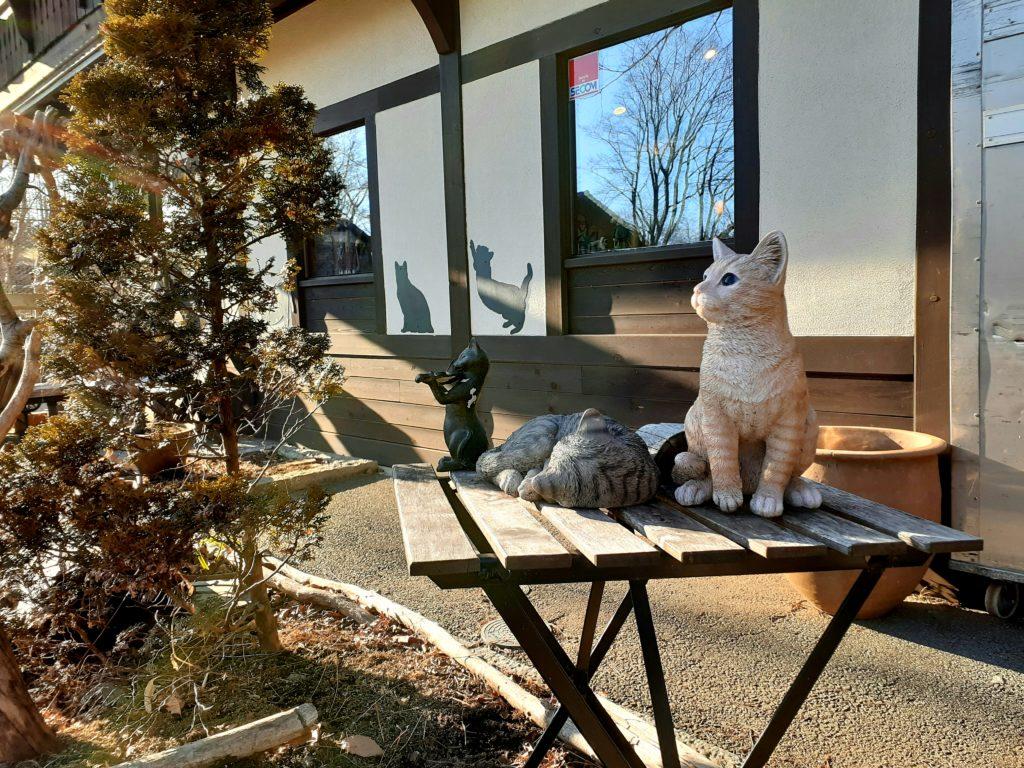 萌木の村の猫の雑貨屋さん