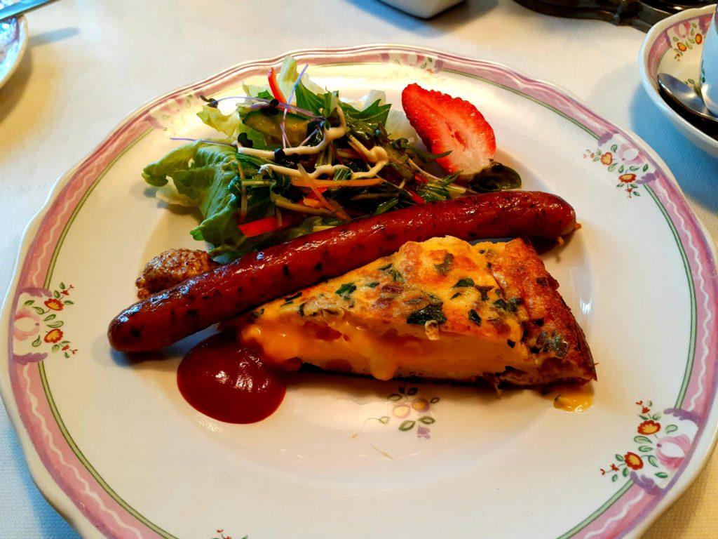 清里オーチャードハウスの朝食のメイン