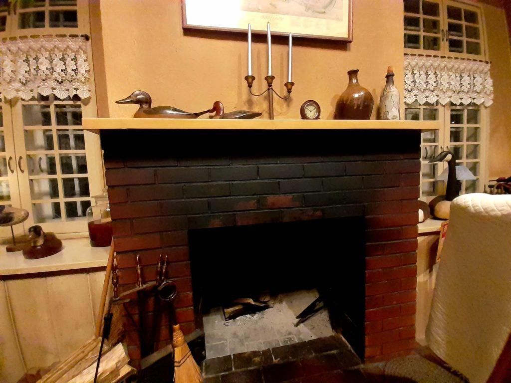 清里オーチャードハウスの暖炉