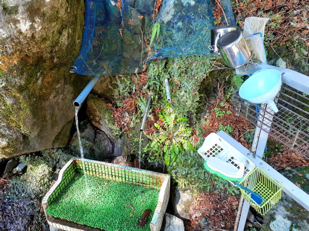 静岡市の竜爪山の登山、水場