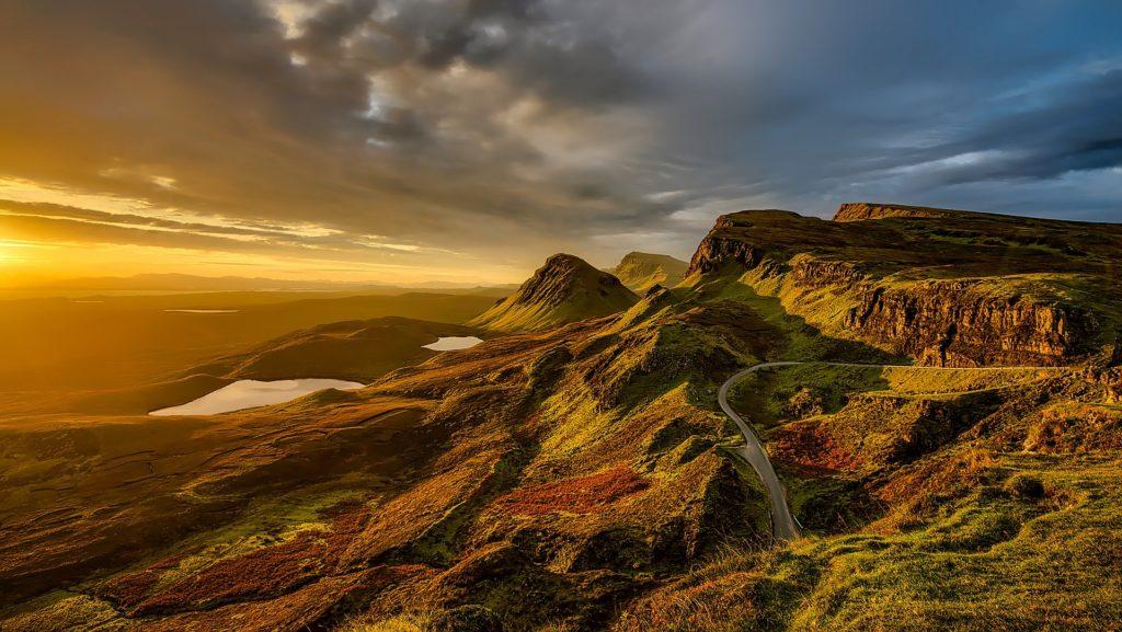 登山の美しい山の景色