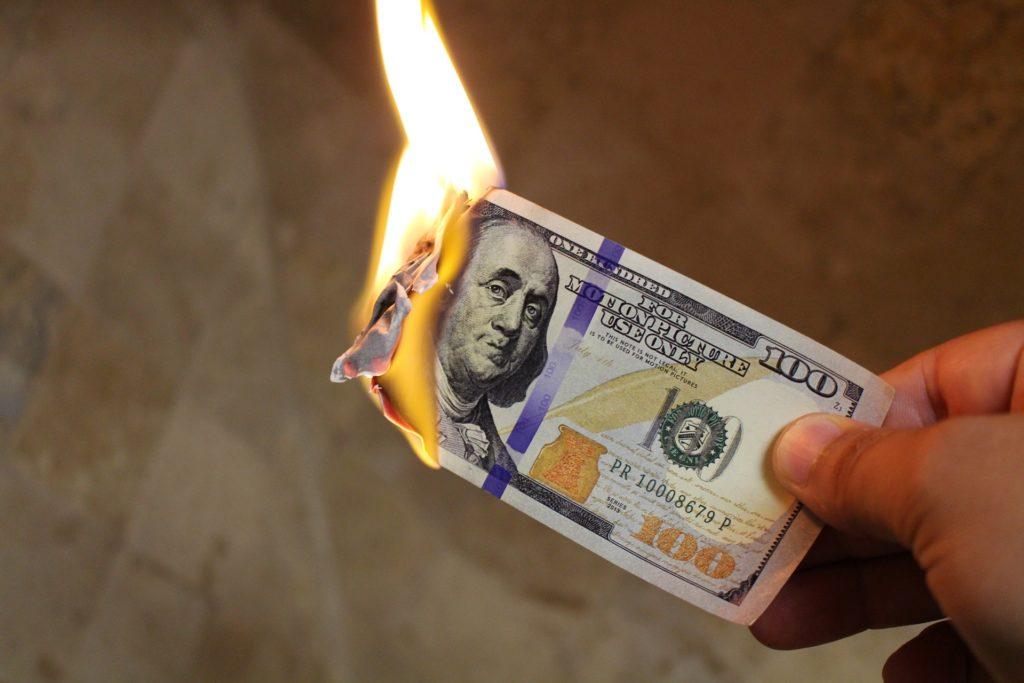 お金持ちが絶対しない思考