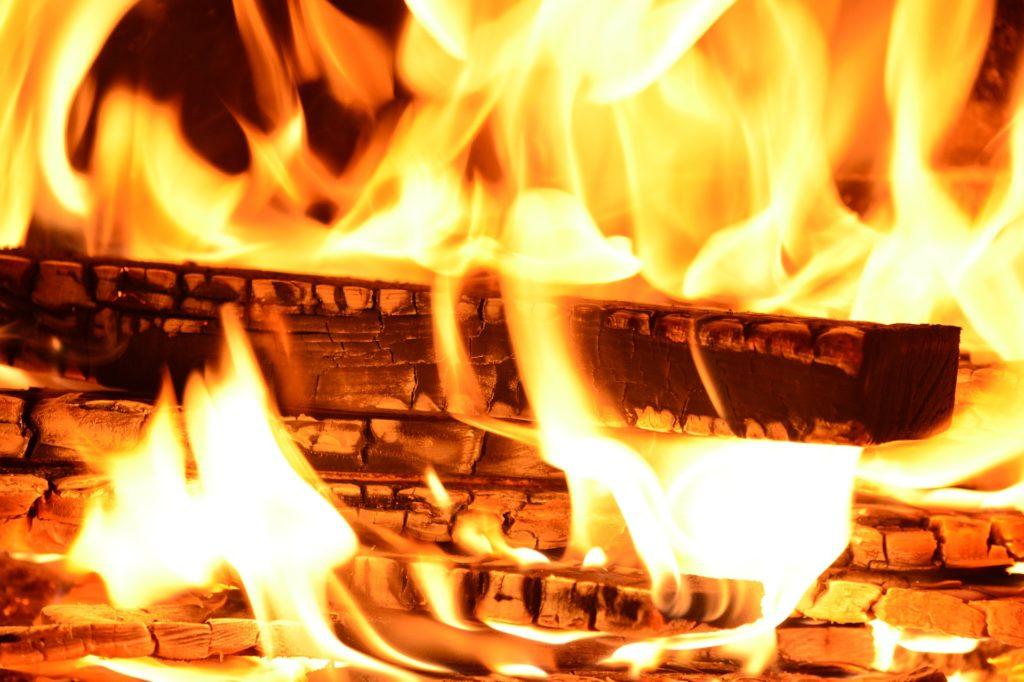 薪ストーブ 火のある暮らし
