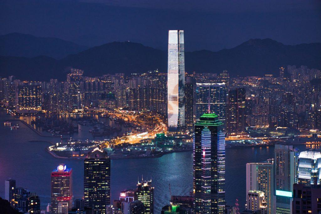 中国の深圳 世界最先端都市の企業