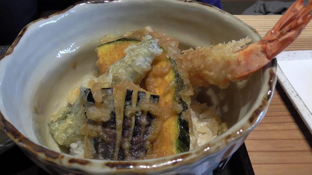 信州城下そばと天ぷら 「やまとう」実食! ミニ天丼