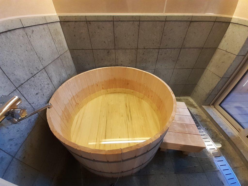 ふようの宿の樽風呂!富士ヒノキ
