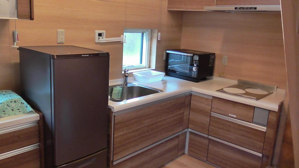 ふようの宿のログハウス内のキッチン