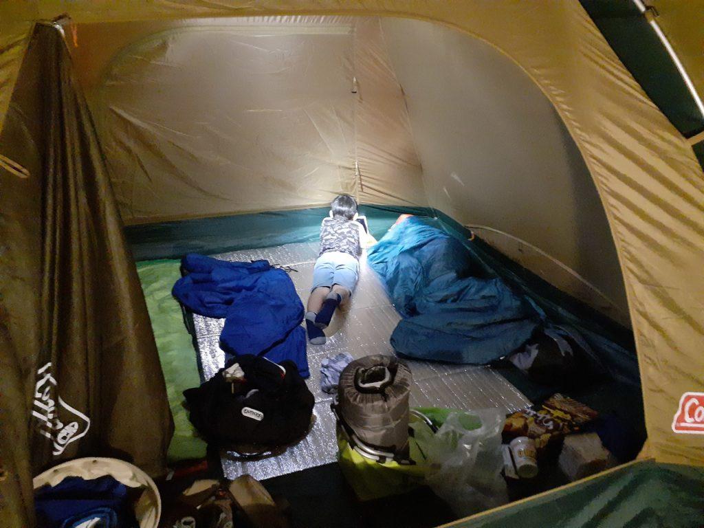 キャンプ テント