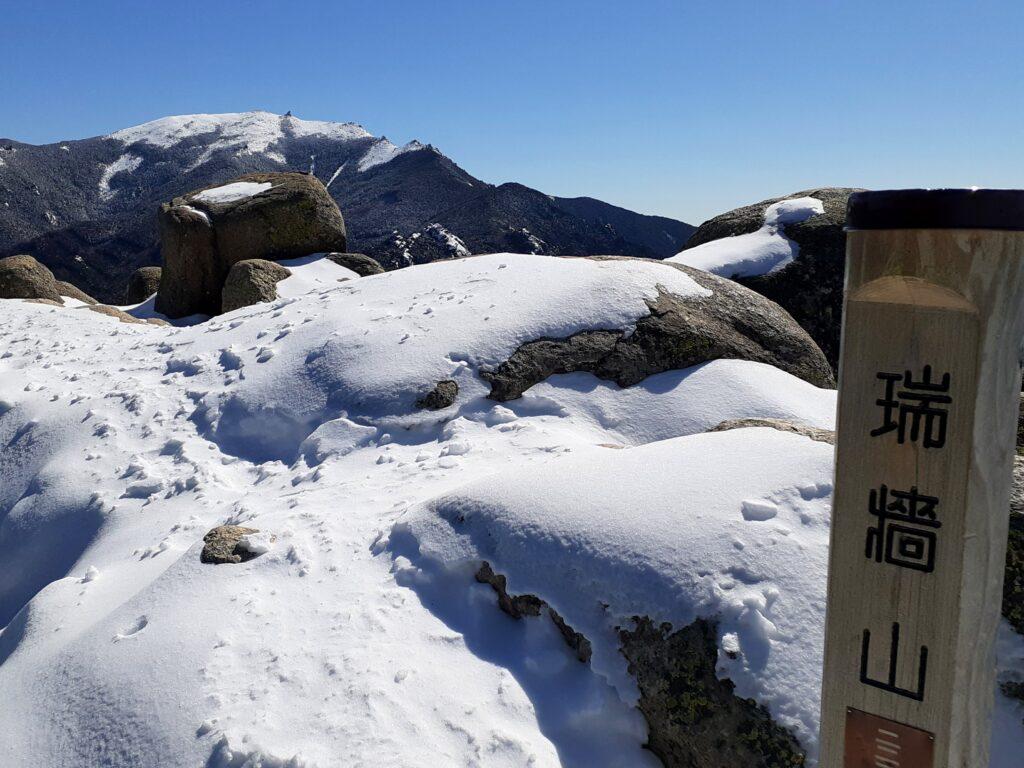 瑞牆山は初心者でも登れる日帰り登山 日本百名山