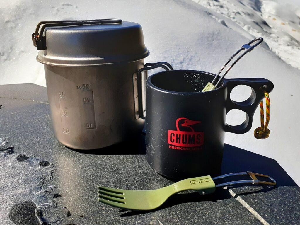 瑞牆山は初心者でも登れる日帰り登山 ユニフレームの食器