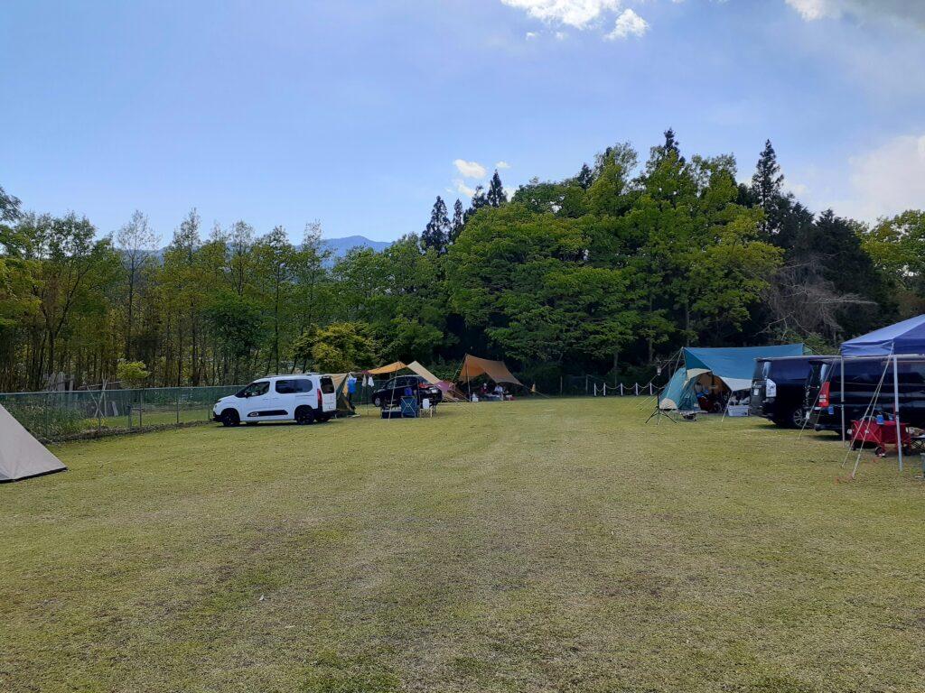 【ドッグフィールド合衆国】実際のキャンプの口コミ!一般サイト